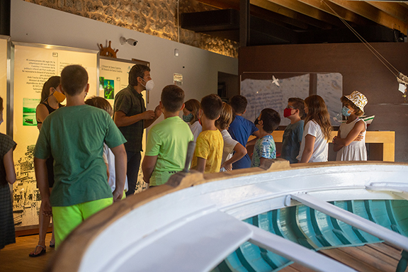 Children and adults visit the Maritime Museum, and learn from the legacy received.